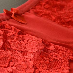 Cal�ola em Microfibra e Renda Plus Size Vermelha