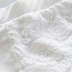 Cal�ola Conforto com Pala e Renda Plus Size Branco