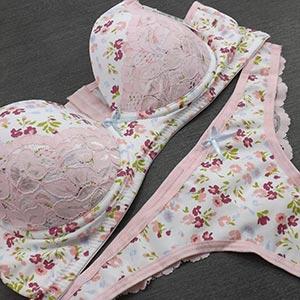 Conjunto Bolinha Estampa Floral Rosa Claro