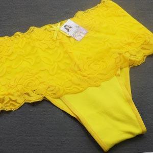 Calcinha Cinta com Renda Amarelo