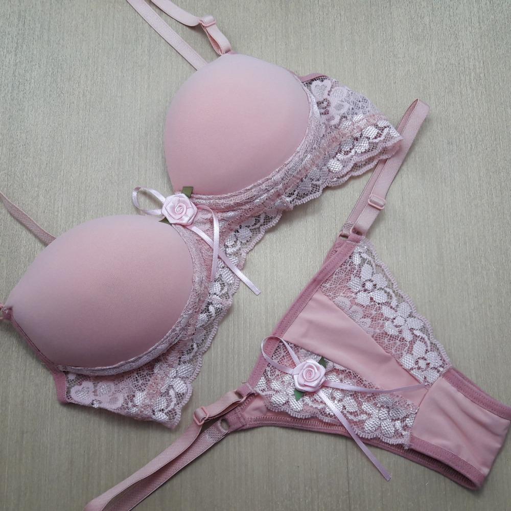 Conjunto Renda Flor Romance