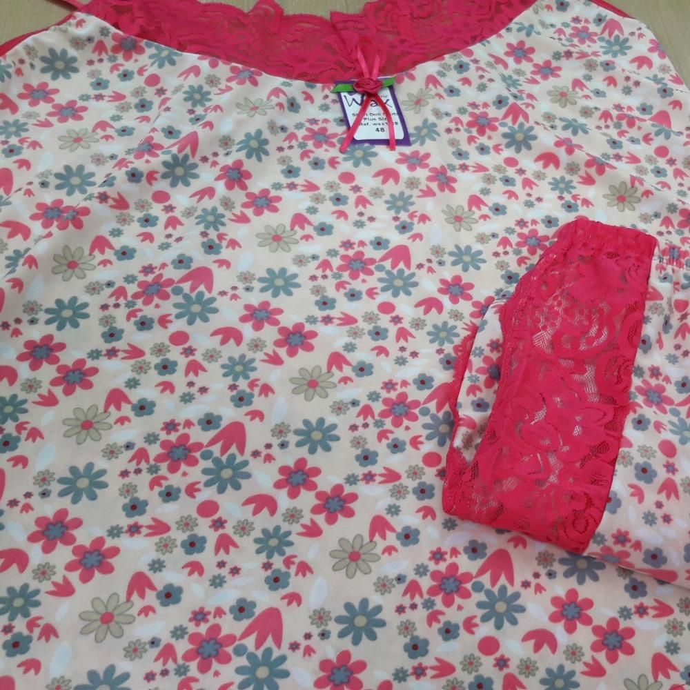 Short Doll Marta Plus Size Romance/ Floral Pink/ Cinza e Verde