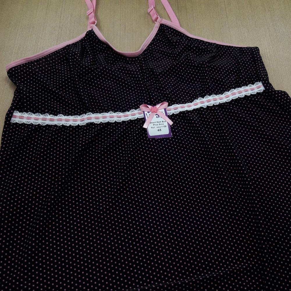 Short Doll Eva Plus Size Preto com Poá Rosa Hera
