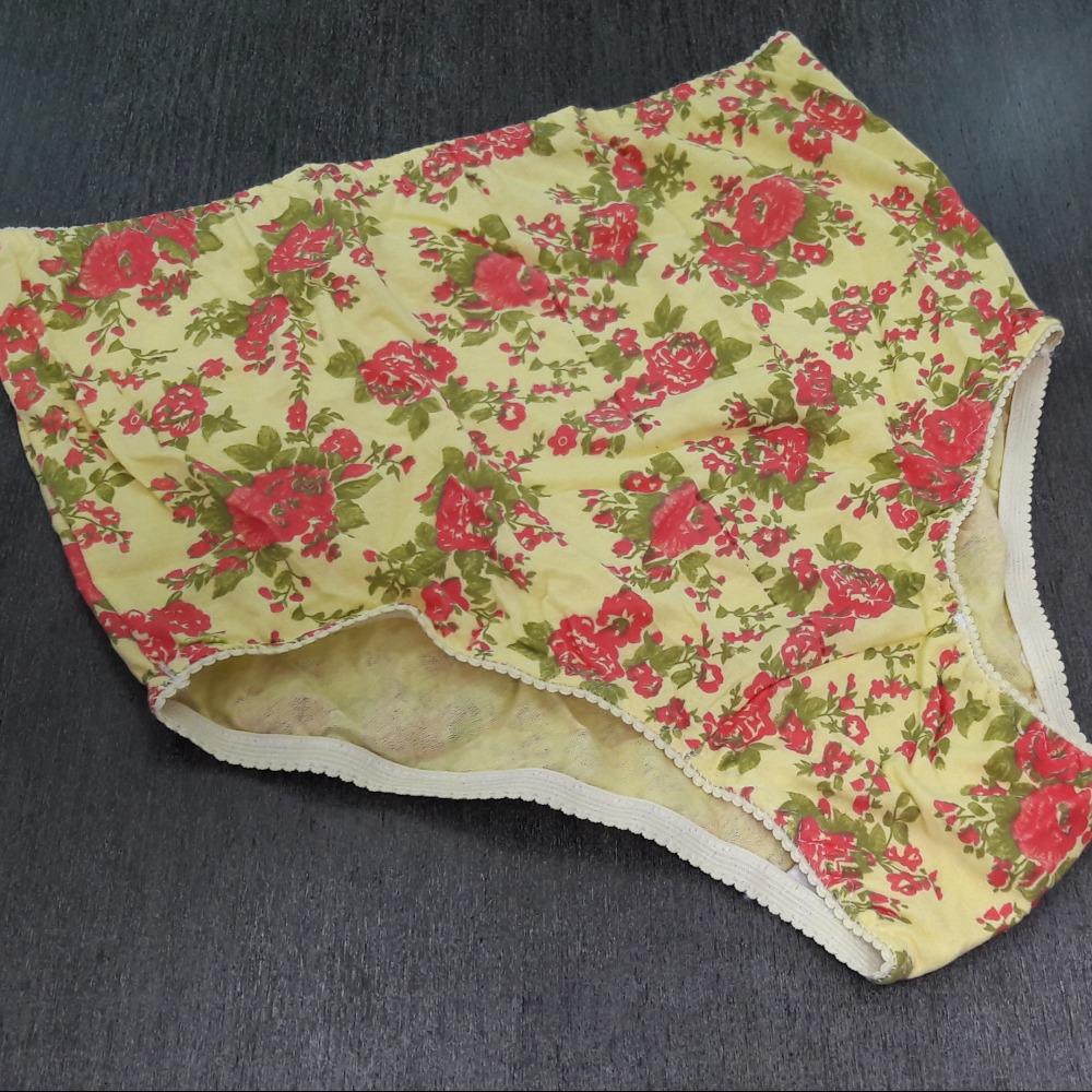 Calçola Malha Amarelo / Floral Grande