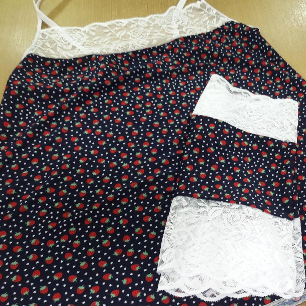 Short Doll Bia  Renda branca/ Morango